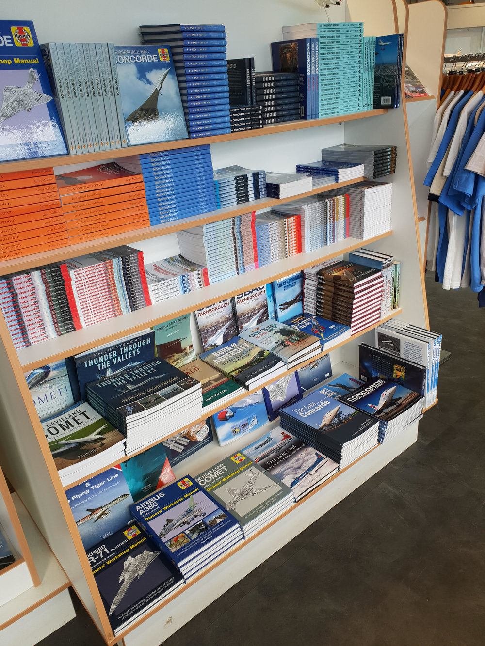 Shop Roll3.jpg