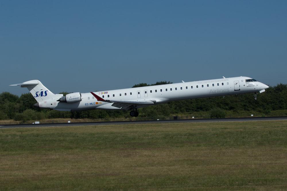 SAS CRJ 900 ECMLC MAN040718.jpg