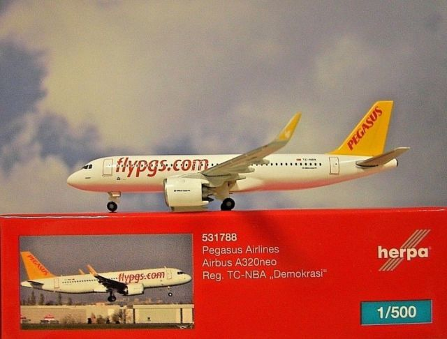 - 1/500 Pegasus Airlines A320neo TC-NBA £25.00