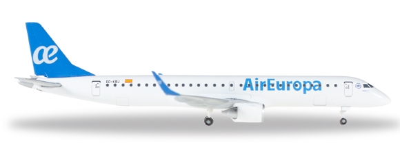 - 1/500 Air Europa Embraer E195 EC-KRJ £23.00