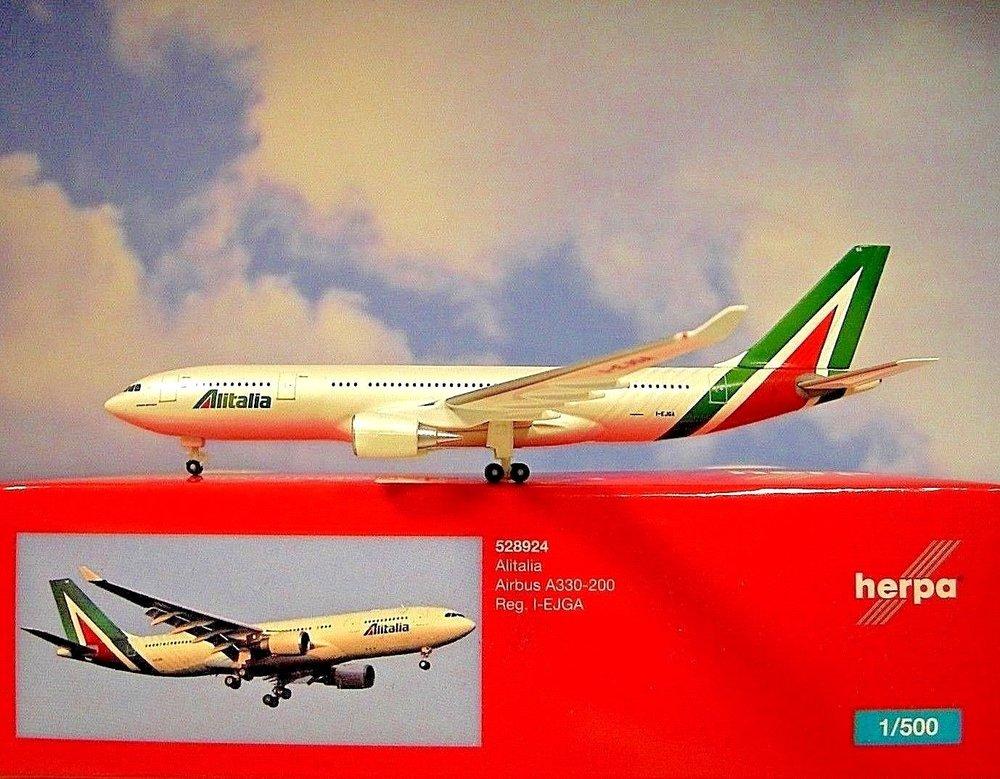 - 1/500 Alitalia A330-200 I-EJGA £29.00