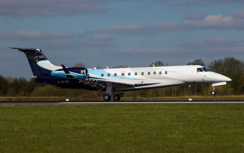 A beautiful shot in the Spring Manchester sunshine by Debbie Riley. Legacy 650 D-AFUN touches down on 05 right bringing in more VIP's for the match at Old Trafford on 10th April.