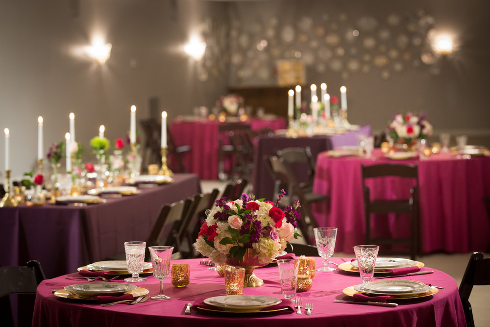 Pops of pink and purple for your table decor!