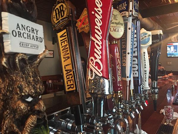 beer taps2-600px.jpg