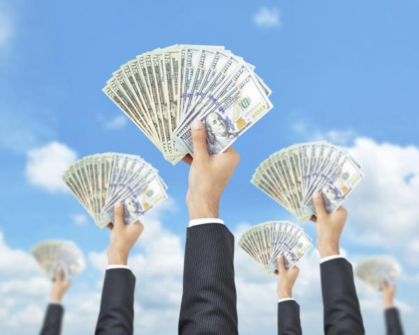 crowdfunding-e1436799178102.jpg