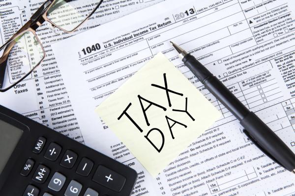 taxes-e1436799377686.jpg