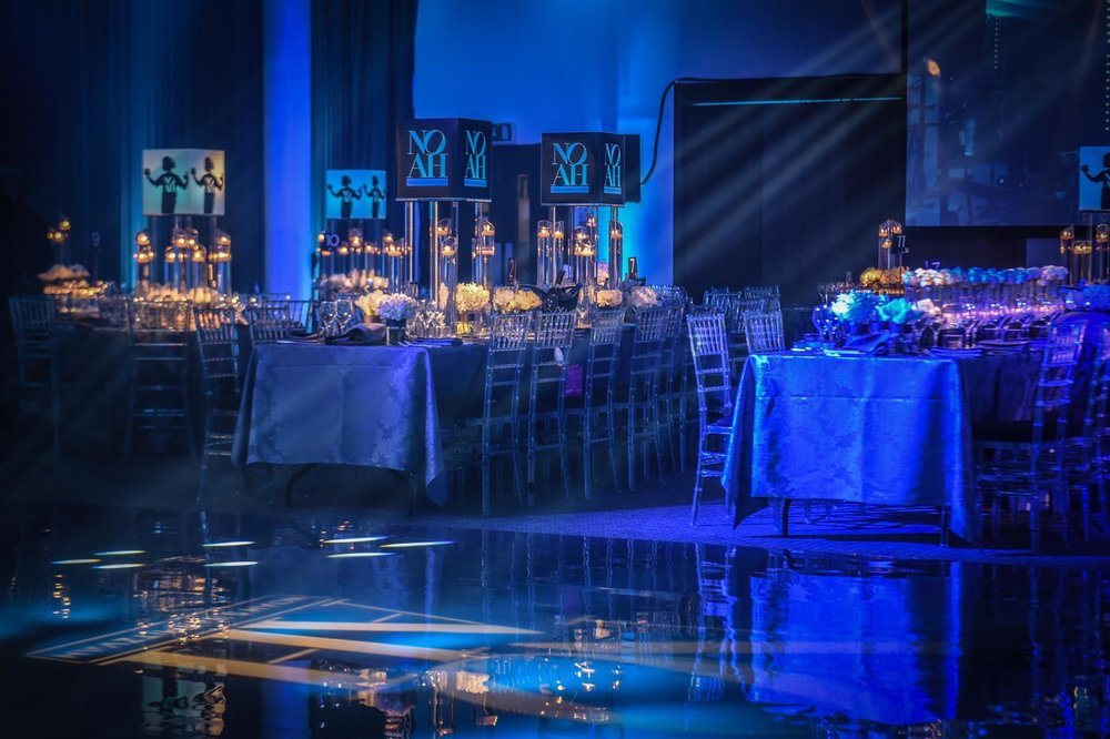 Simon Cowen Productions - Centrepieces by Table Dressers