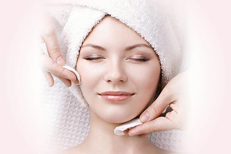 facials ~ $85 - This facial is personally customized to meet what your skin needs! From aging, acne, free radical damage, dry, sensitive or problematic skin, you'll leave glowing, feeling rejuvenated, deeply cleansed, nourished and refreshed! This is a great option if you don't know what's best for your skin or looking for an advanced customized treatment.BOOK NOW__________________________________