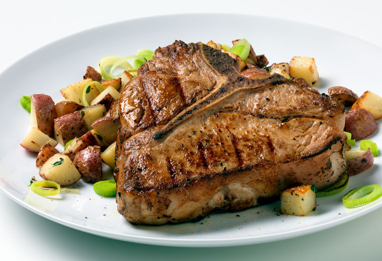grilled_veal_chops_with_potato_leek_hash.jpg