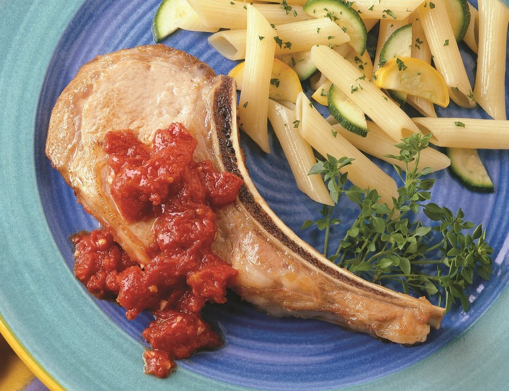 veal_chops_with_tomato_pepper_sauce.jpg