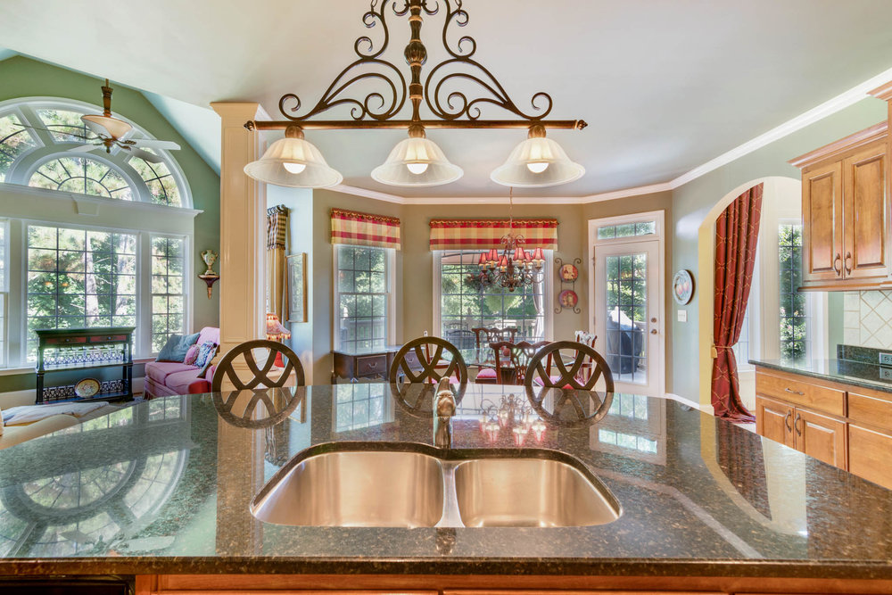 real_estate_photographer_kitchen_photography-1.jpg