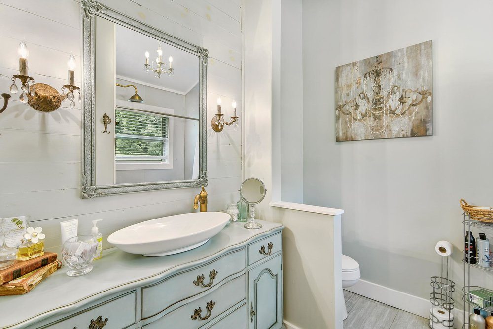 real_estate_photographer_bathroom_photography-12.jpg