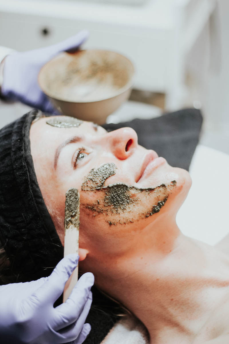"""Monika Dixon of Monika Dixon Public Relations experiences """"the green peel"""" at SoLux Med Spa in River North with Angelica Anaya."""