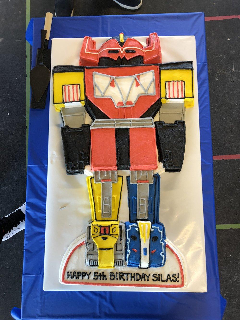 Silas's Transformer birthday cake