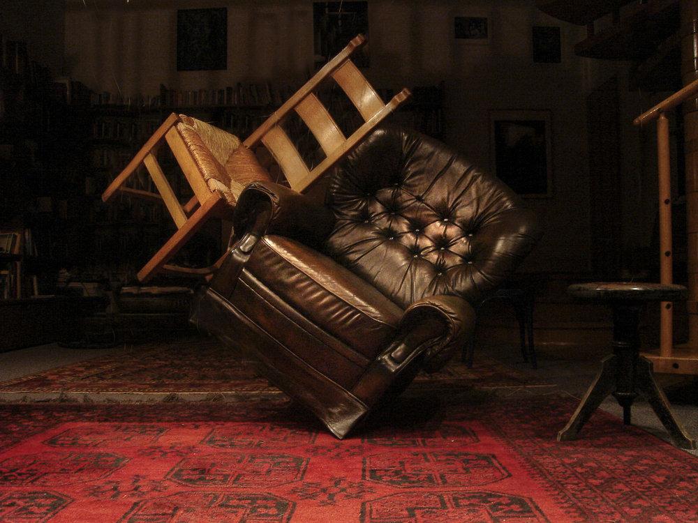 _003_07.Zwei Stühle.jpg