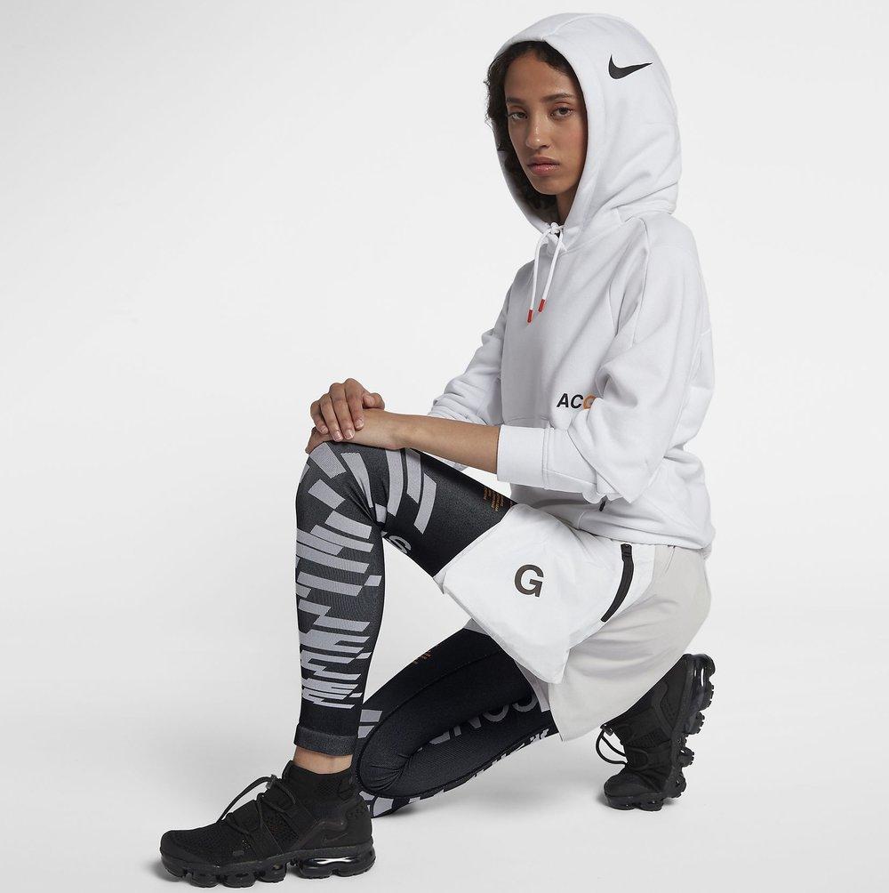 nikelab-acg-womens-leg-sleeves-Fc7wm0K.jpg e09edb4af7
