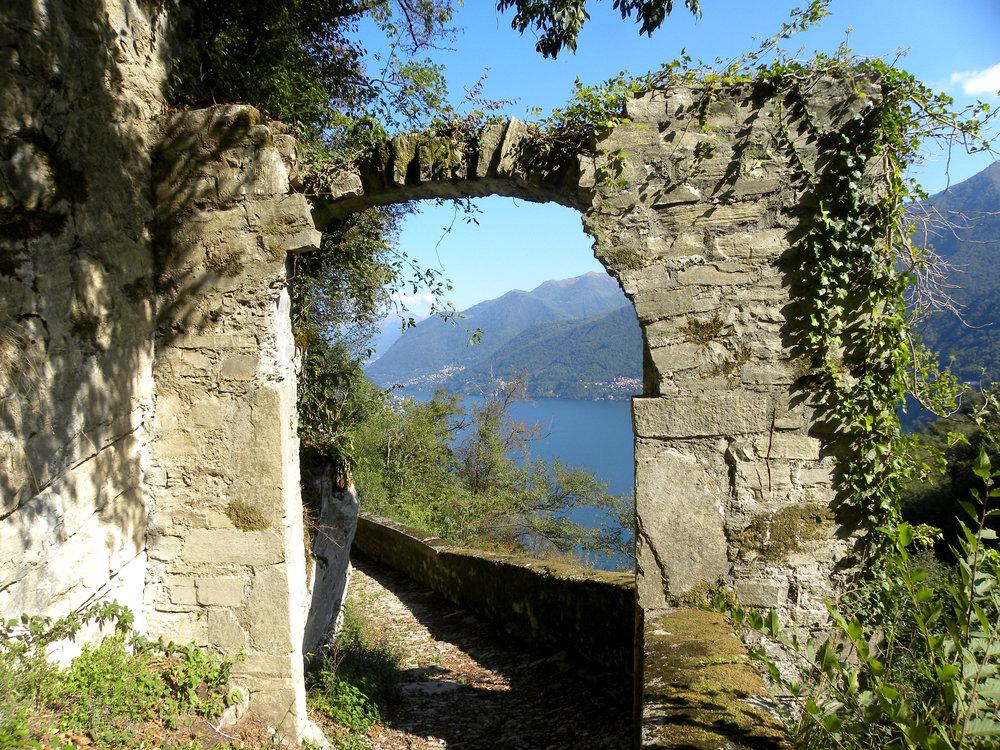 Lake Como historical paths DSCN5432.JPG