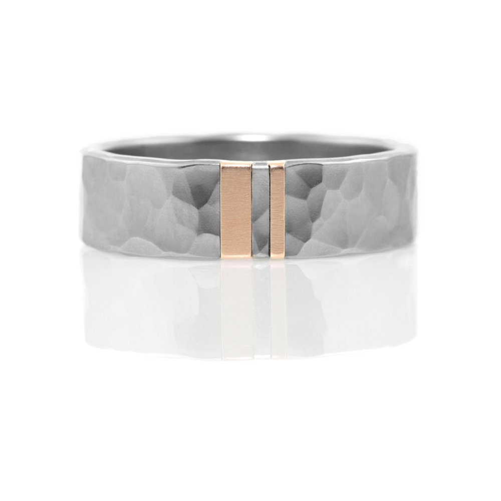 'faceted' stainless steel lines of light band