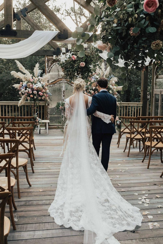 Mikaela & Jake  Photography by: Black Mountain Wedding