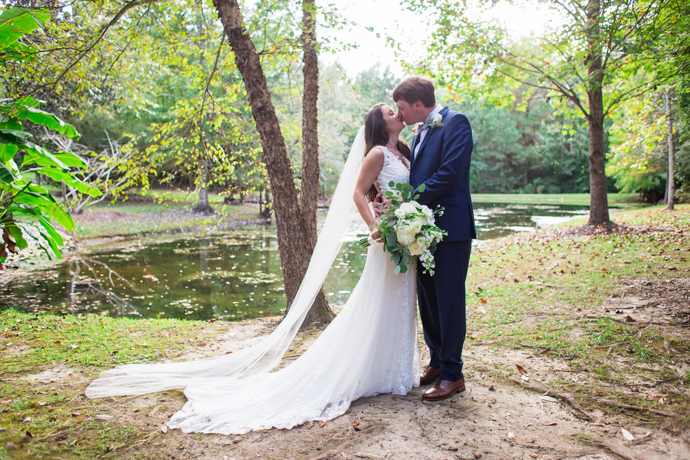 Bella-Sera-Gardens-Alabama-Mobile-Photography-Pensacola-Navarre-Fairhope-Wedding-26.jpg