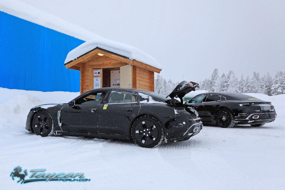 Porsche-Taycan-Prototype-_SB18066.jpg
