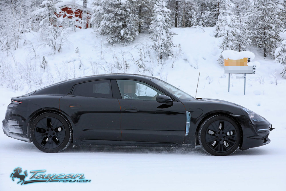 Porsche-Taycan-Prototype-_SB18020.jpg