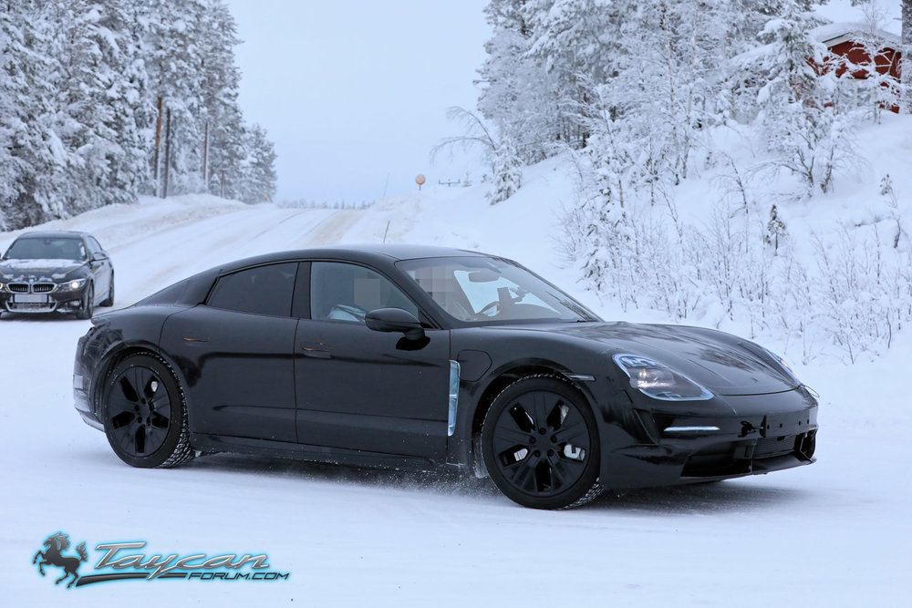 Porsche-Taycan-Prototype-_SB18019.jpg