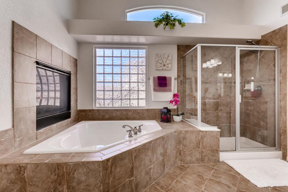 7736 Universal Ct Castle Rock-large-018-31-2nd Floor Master Bathroom-1500x1000-72dpi.jpg