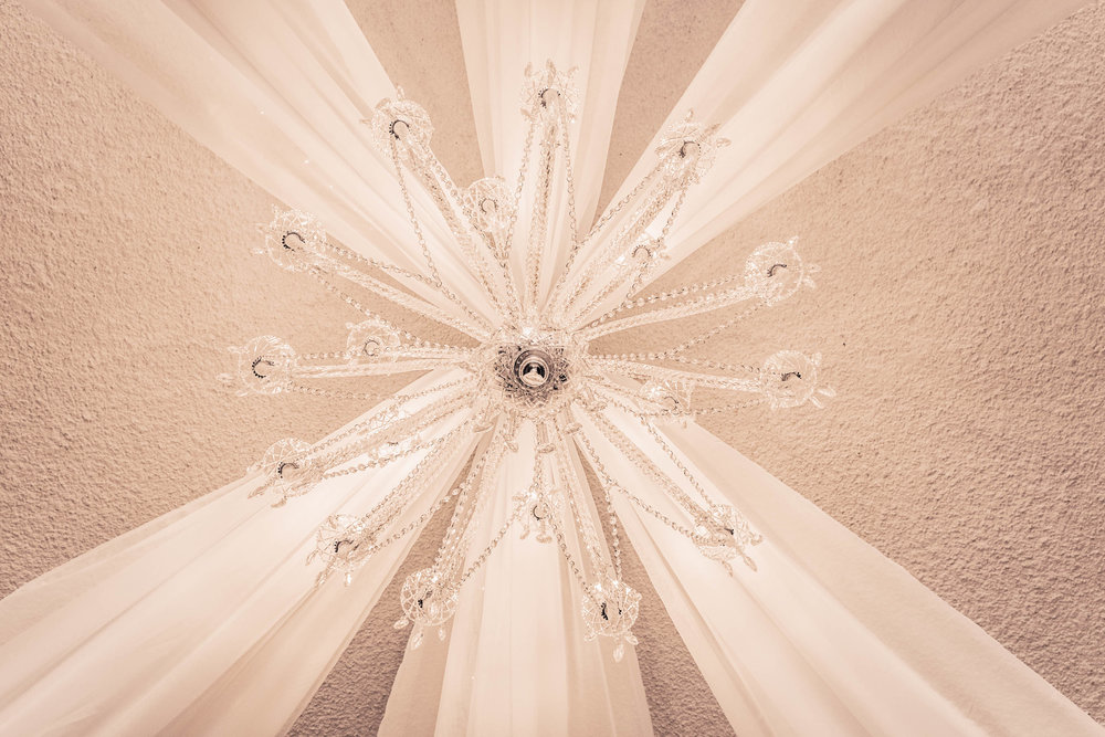 chandeliers for hire