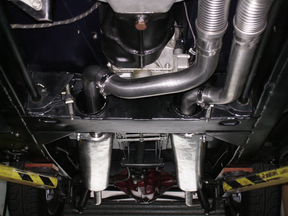 Concourse-xk150-Twin-Pipes.jpg