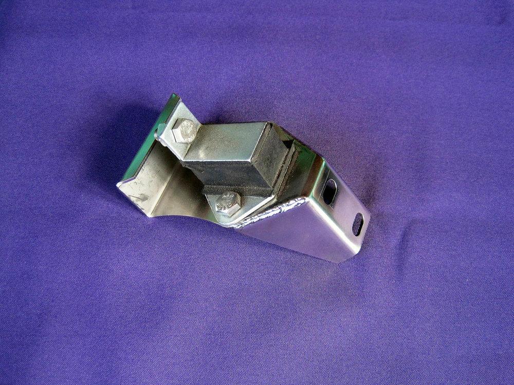 CF Resonator Bracket