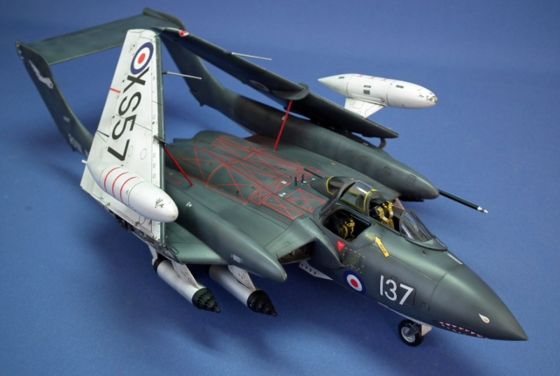 De Havilland Sea Vixen FAW.2 Scale: 1/48   Manufacture: Airfix   Parts used: Eduard's colour cockpit PE set   Main paints used: Tamiya and Xtracrlyix