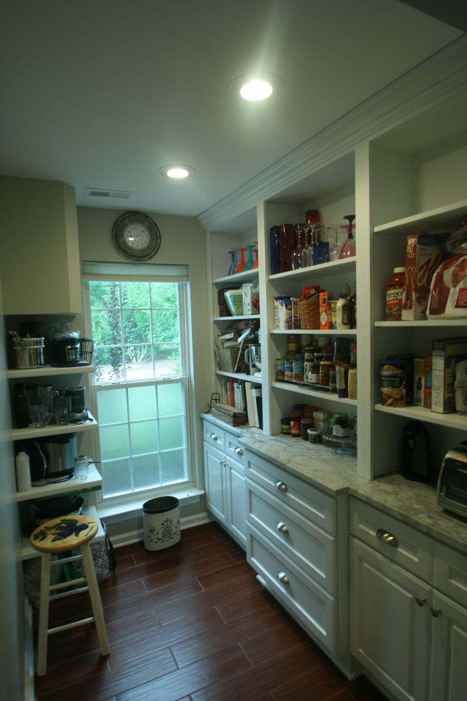 Walk-in butler pantry