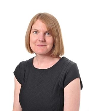 Mrs Perrett - Assistant Head TeacherYear 5 - Grange Lane