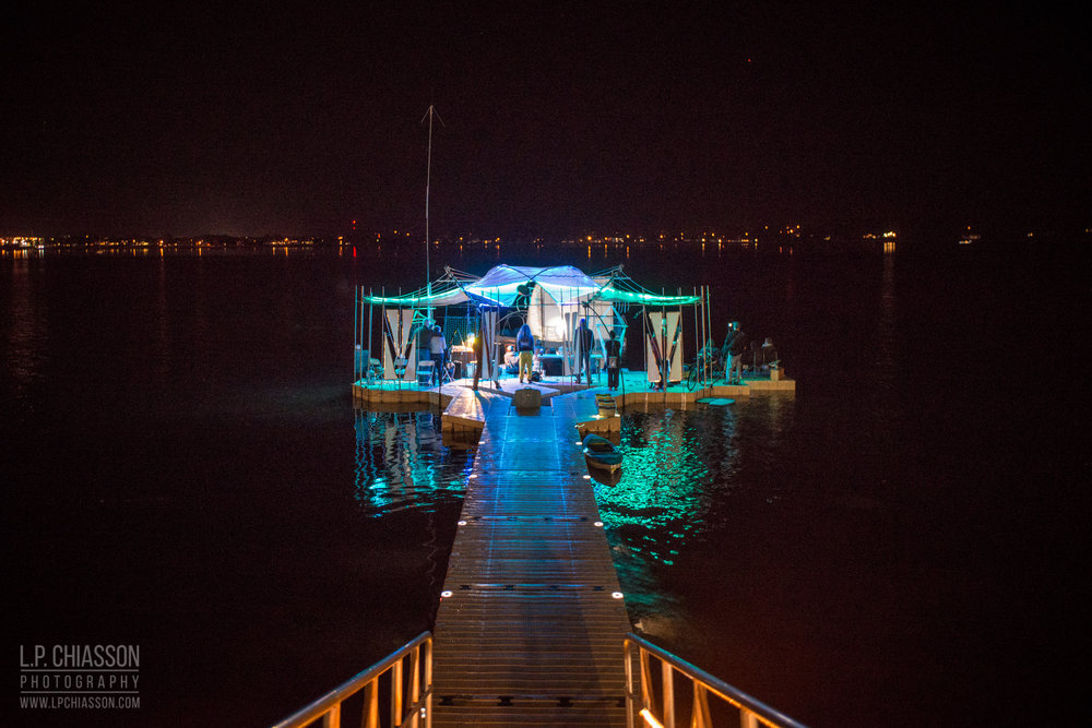 Listen to underwater and airborne field recordings  by artists Lindsay Dobbin and Andrew Maize, taken aboard the Floating Warren Pavilion.