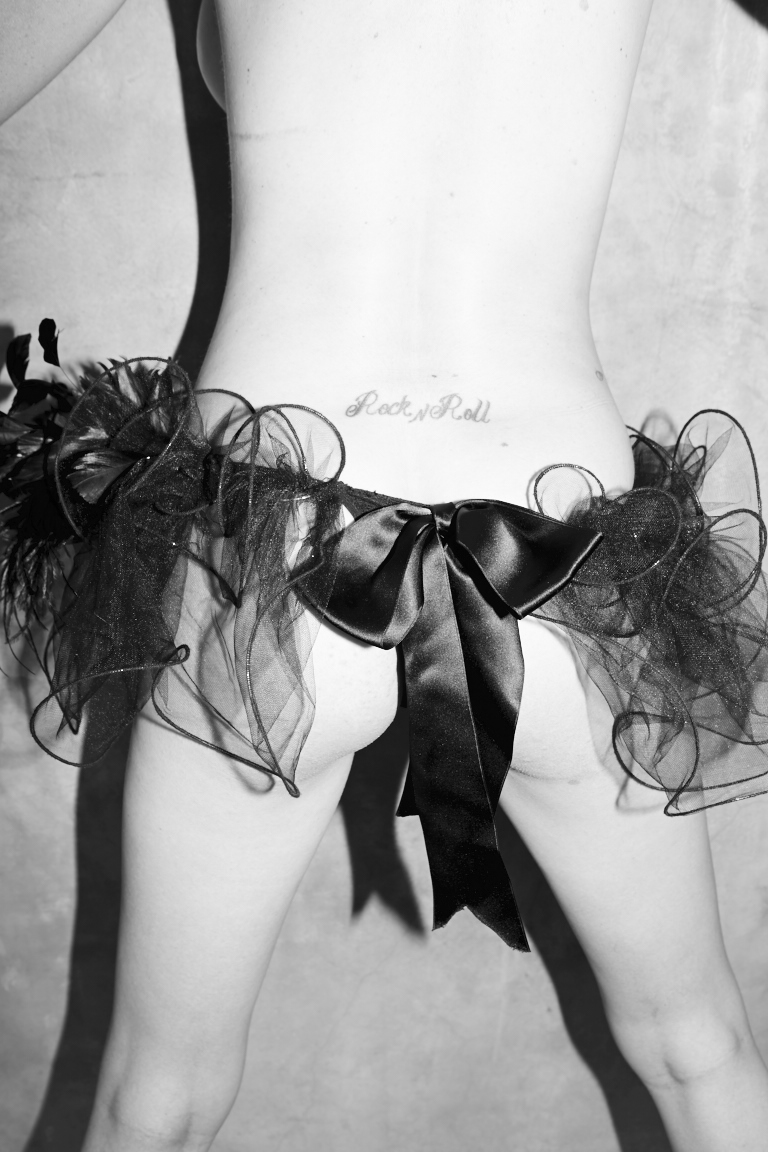 171012_EugeniaKuzmina_Playboy_12_073.jpg