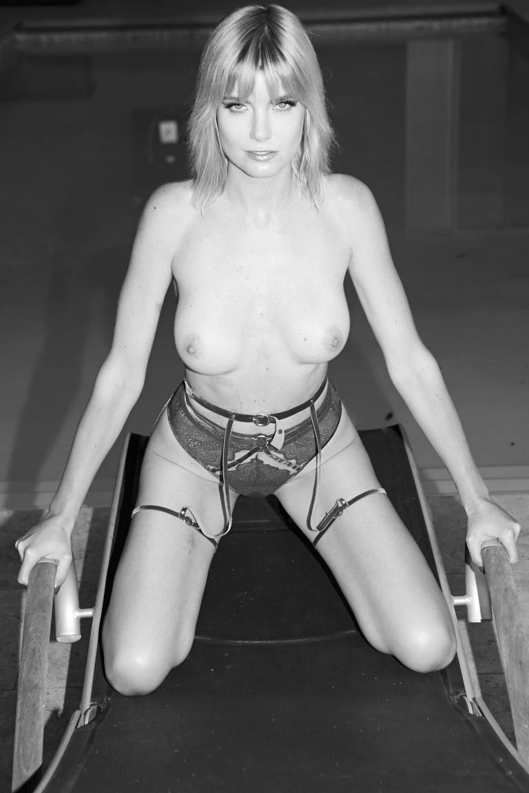 171012_EugeniaKuzmina_Playboy_13_031.jpg
