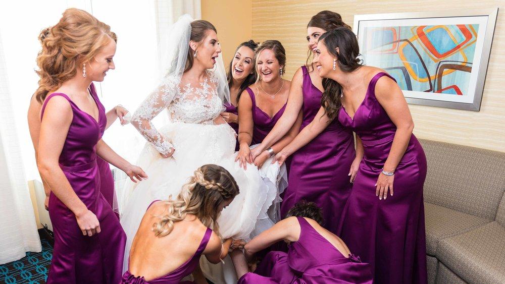 Wedding-Bridal-Party-Getting-Ready-34.jpg