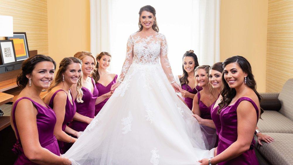Wedding-Bridal-Party-Getting-Ready-36.jpg