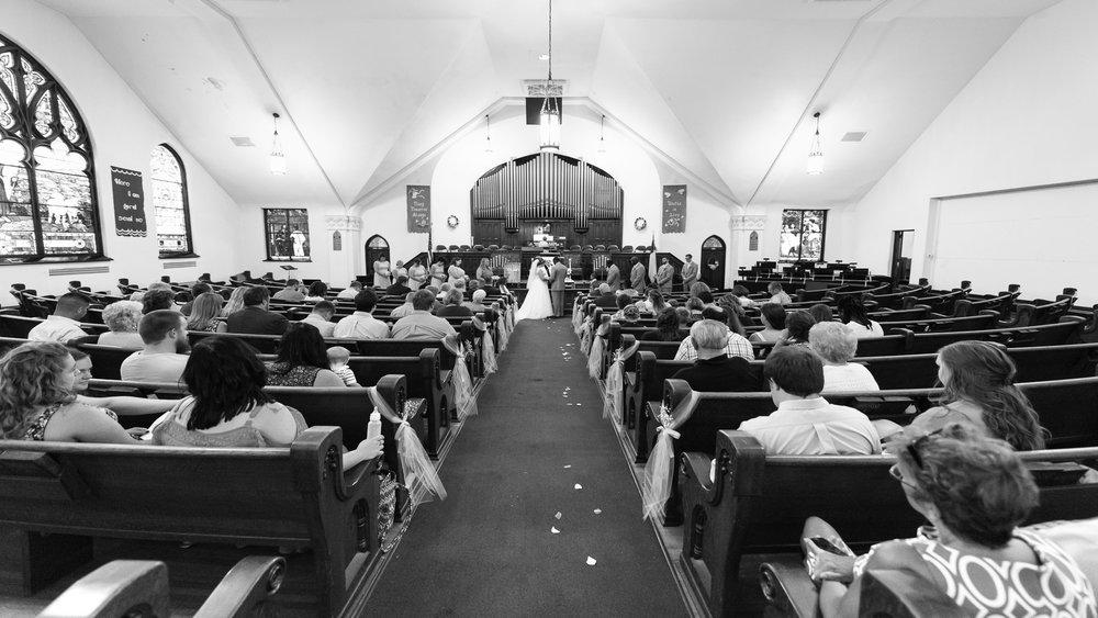 Wedding_Ceremony_Aisle-2.jpg