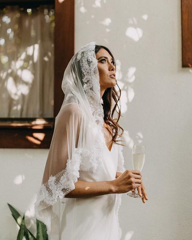 Repost from @artemina__ ♥️♥️♥️✨a gorgeous shot of our Adelle veil . . . . . . . . . . photo: @child_indigo model: @nellssun #weddingveil #weddingdetails #veils #bespokebridal #weddingaccessories #bridetobe #theknot #weddingchicks #itgirlweddings #aislesociety #heirloomwedding #engaged #engagedlife #soloverly #sobridaltheory #fineartcuration #yourdayyourway #joywed #weddinginspiration #weddinginspo #weddingplanning #weddingstyling