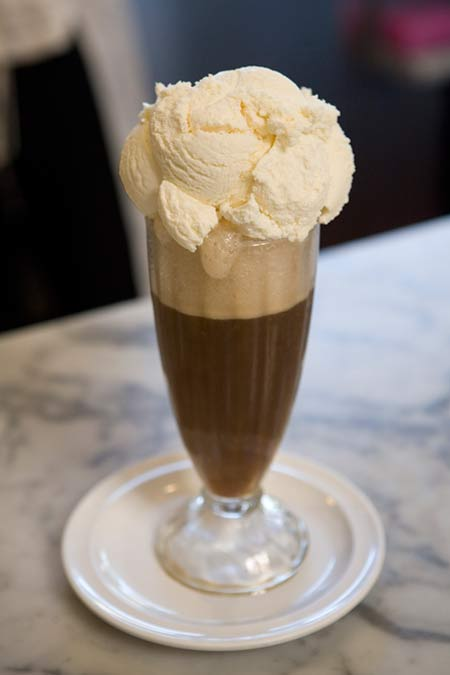 ice_cream_v_coffee_float.jpg