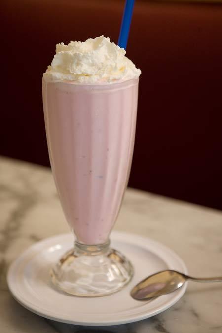 ice_cream_v_strawberry.jpg