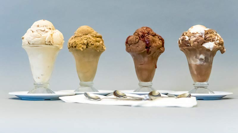 ice_cream_4_dishes.jpg