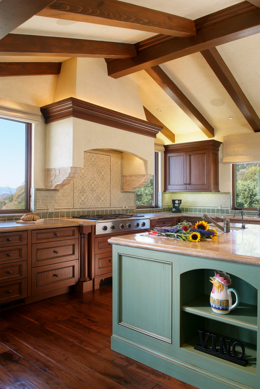 Napa_Valley_Italian_Villa_kitchen_01.jpg