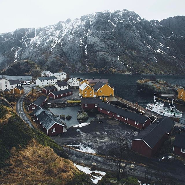 The little fishing community Nusfjord tucked away in the Lofoten Islands Photo: @hannes_becker #takeactionfilms
