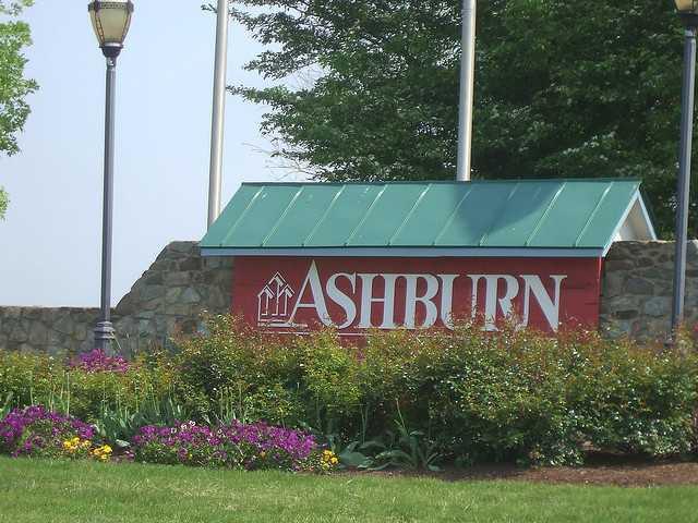 Mobile Notary Near Ashburn VA