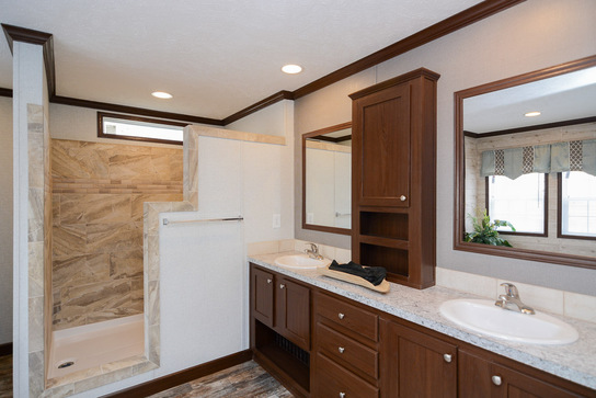 greenfield-the-liberty-house_master_bath_545_1.jpg