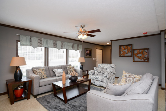 greenfield-the-liberty-house_living_room_toward_entry_545_1.jpg