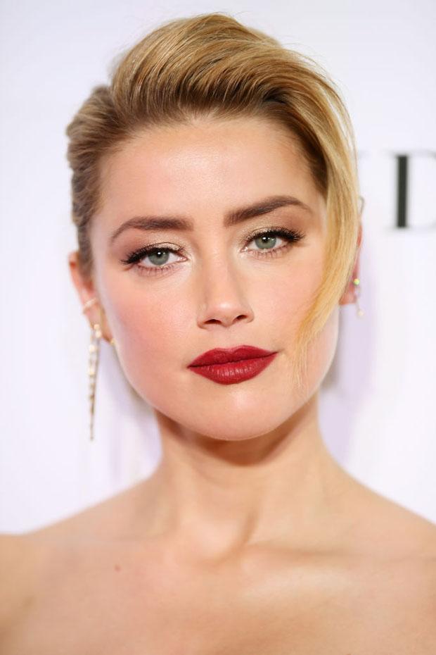 Amber-Heard-In-Oscar-de-la-Renta-2018-Glamour-Women-of-the-Year-Awards-1.jpg